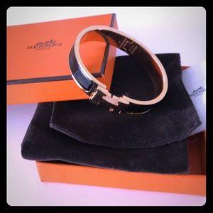 Hermès narrow Clic Clac H bangle in black sz PM